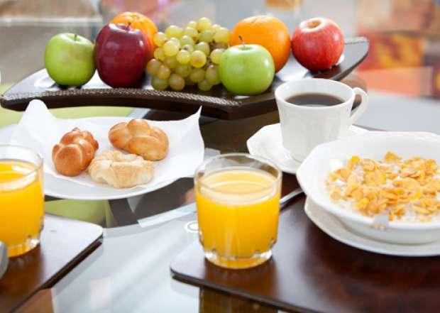 Un mic dejun sanatos, care te tine satul mai mult timp